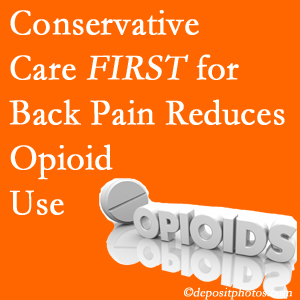 Layden Chiropractic delivers chiropractic treatment as an option to opioids for back pain relief.